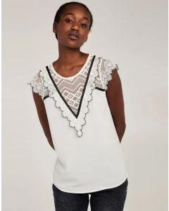 Camiseta puntilla y crochet